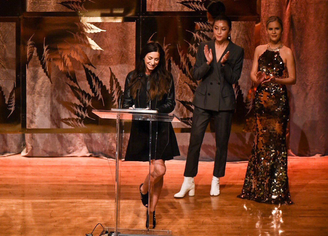 https://worldclassextractions.com/wp-content/uploads/2019/01/canadian-cannabis-awards-lift-and-co_rosy-mondin-women-in-weed_trailblazer-2018.jpg